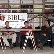 Roma dicembre 2002. Presentazione del libro Radiobugliolo. Nell'ordine: Nichi Vendola, Erri de Luca, Sasà e Chito.
